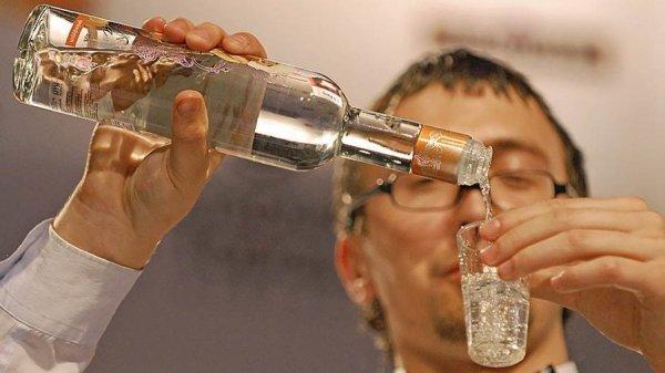 Употребление водки